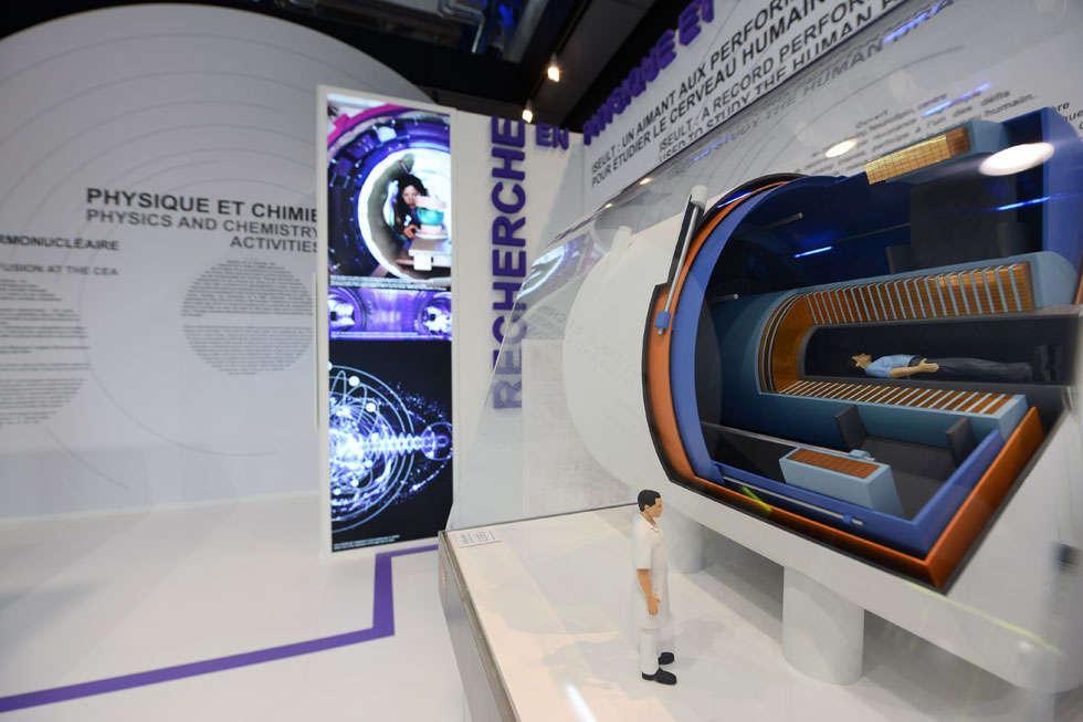 stand CEA expostion à la Cité des Sciences